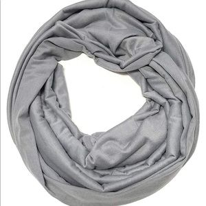 Jersey knot but what color infinity scarf(gray)